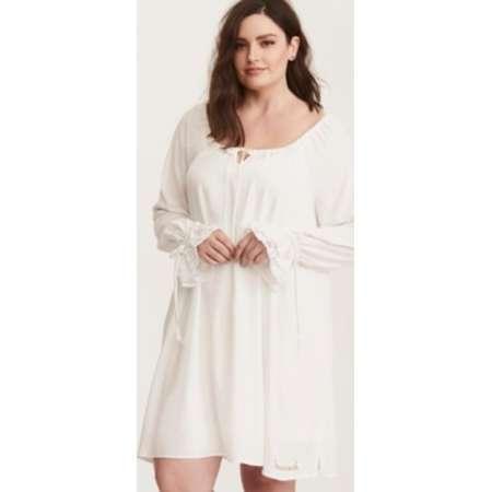 Outlander White Sassenach Night Gown thumb