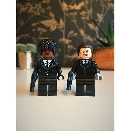 Jules and Vince Pulp Fiction® cult film Custom figures Pulp fiction® keychain/keyring (gift box available) Cult Film Movie Lover thumb