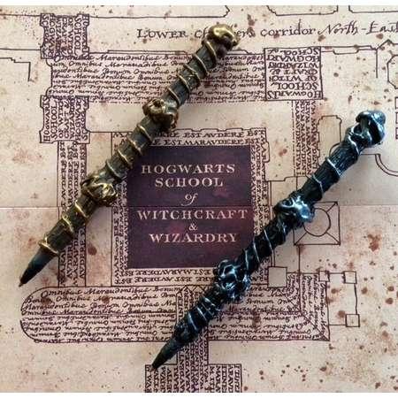 Olivander's Wizarding Wand Pens (Gryffindor, Slytherin, Ravenclaw, Hufflepuff Hogwarts Houses) thumb