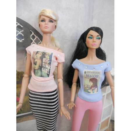 Pulp Fiction Bad Girls Graphic Slouchy T-shirt  for 1/6 Scale Fashion Dolls Integrity, FR, Nu Face, Barbie, Jem, Poppy thumb