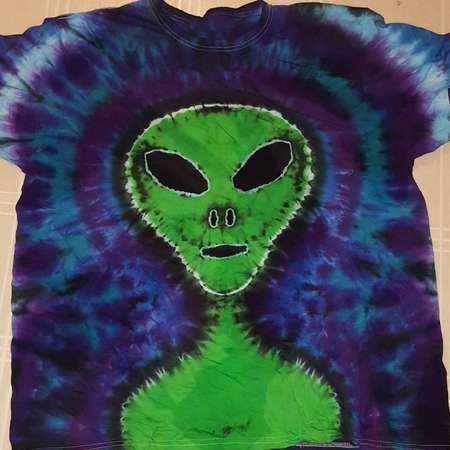 Alien Tie Dye - Alien T-shirt - Professional Tie Dye - Tie Dye - Alien thumb