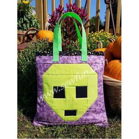 Alien Quilted Bag Trick-o-Treat Tote Bag Sewing Pattern, PDF download, Pixel Quilt, Book Bag, Halloween, X-Files thumb