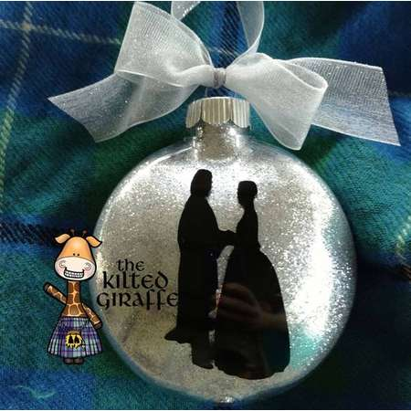 Outlander Scottish Christmas Ornament - Jamie and Claire  thumb