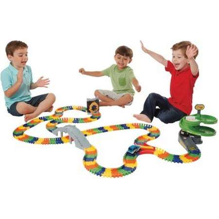 Kidoozie Super Spiral Build-A-Road with Over 17 Feet of Interchangeable, Flexible Track and 2 Battery Operated Cars thumb