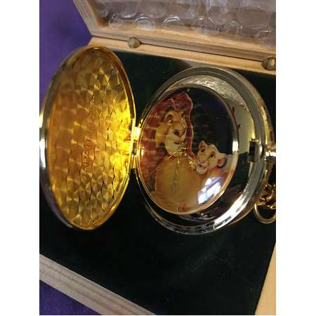 The Lion King 1994 Limited Edition Mufasa and Simba Pocket Watch thumb